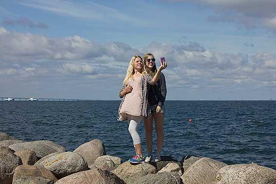 Jennifer o Julie vid Öresund
